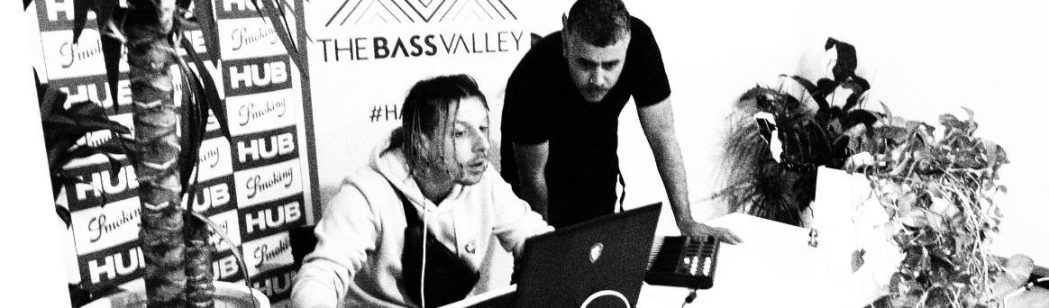 The Bass Valley y Royce Rolo 02 - The Bass Valley y Royce Rolo