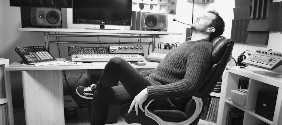 Studio - Entrevista a Jotón. Productor de Techno y DJ.