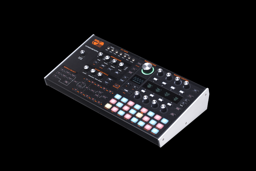 cCmyaQSg 860x573 - The Bass Valley prueba el nuevo sintetizador Hydrasynth